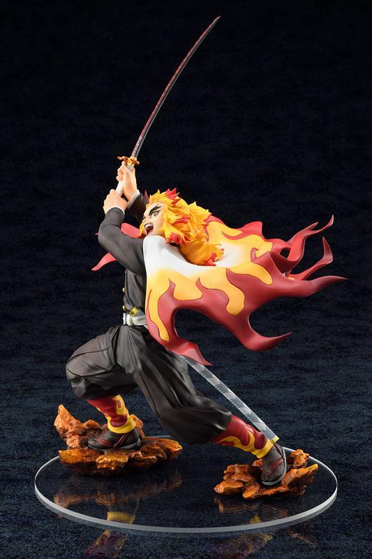 Demon Slayer: Kimetsu no Yaiba Kyojuro Rengoku 1/8 Complete Figure
