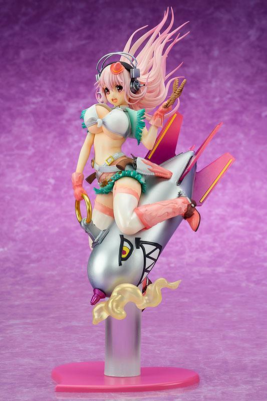 """Super Sonico """"Love Bomber!"""" 1/7 Complete Figure 1"""