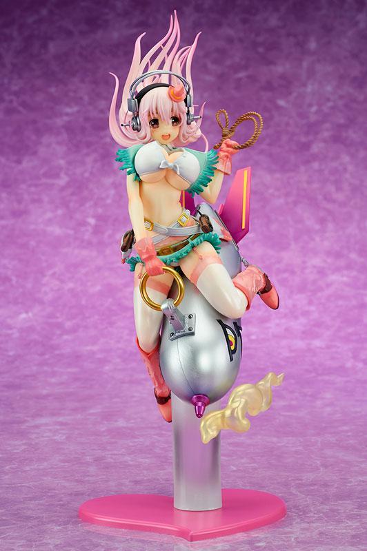 """Super Sonico """"Love Bomber!"""" 1/7 Complete Figure 2"""