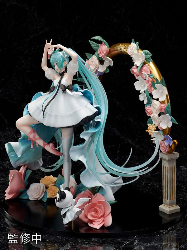 "Hatsune Miku ""MIKU WITH YOU 2019"" Ver. 1/7 Complete Figure 4"