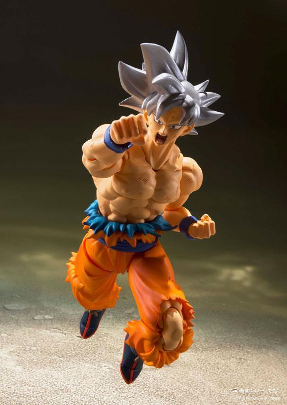 "S.H.Figuarts Son Goku Ultra Instinct ""Dragon Ball Super"" 4"