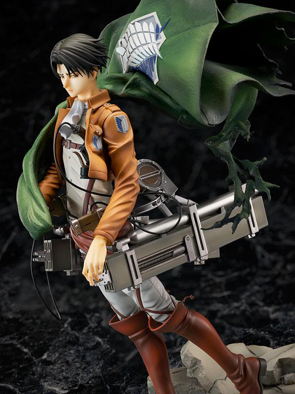 Attack on Titan Levi 1/7 Complete Figure