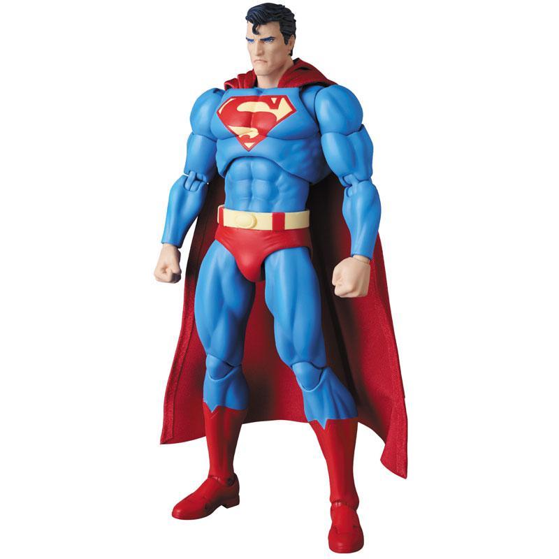 MAFEX SUPERMAN (HUSH Ver.) 2