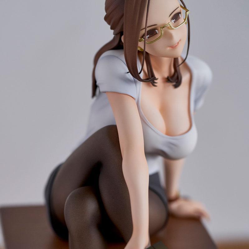 Miru Tights Gogatsubyou? Sensei ga Naoshite Ageyokka? Yuiko Sensei LIMITED edition. Complete Figure 8