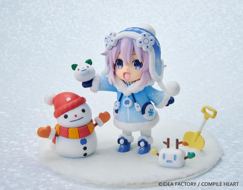 "Dekachiccha! ""Neptunia"" Series Snow Nepu Fuwa Fuwa Version Complete Figure"