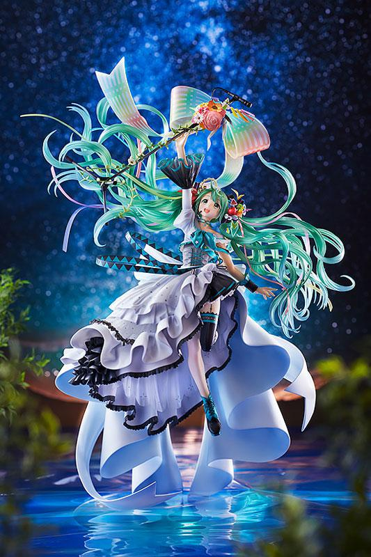 Character Vocal Series 01 Hatsune Miku Memorial Dress Ver. Figure 3