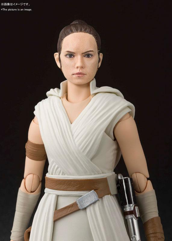 S.H.Figuarts Rey & D-O (STAR WARS: The Rise of Skywalker) 2