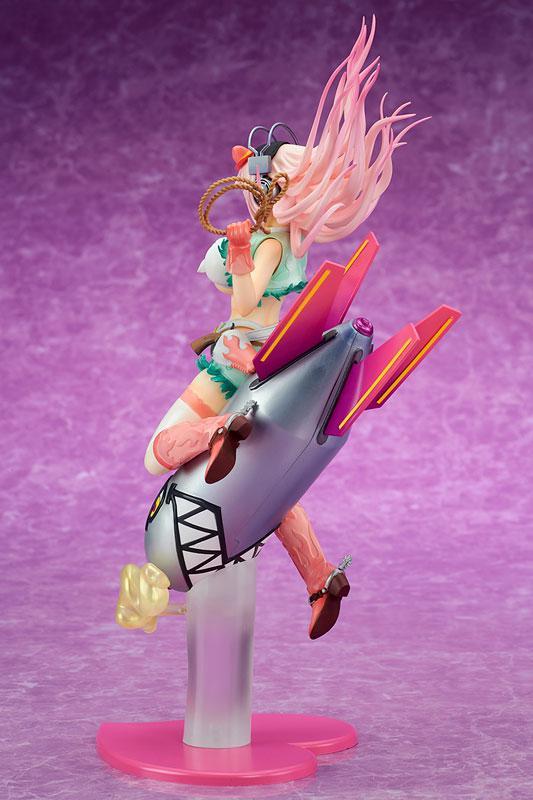 """Super Sonico """"Love Bomber!"""" 1/7 Complete Figure 5"""