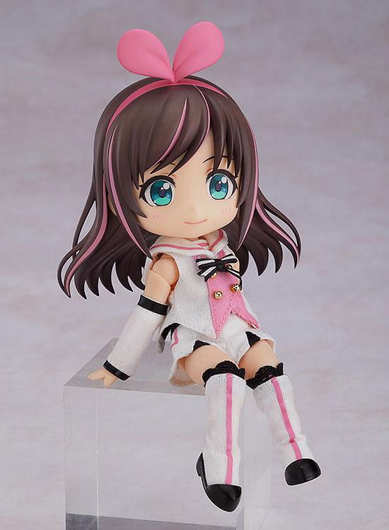 Nendoroid Doll Kizuna AI 1