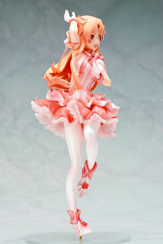 "Sword Art Online Asuna ""The Flash"" Idol in Aincrad Ver. 1/8 Complete Figure 1"