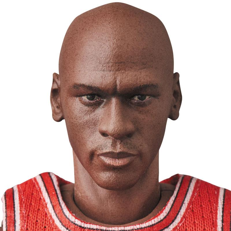 Mafex No.100 MAFEX Michael Jordan (Chicago Bulls) 3