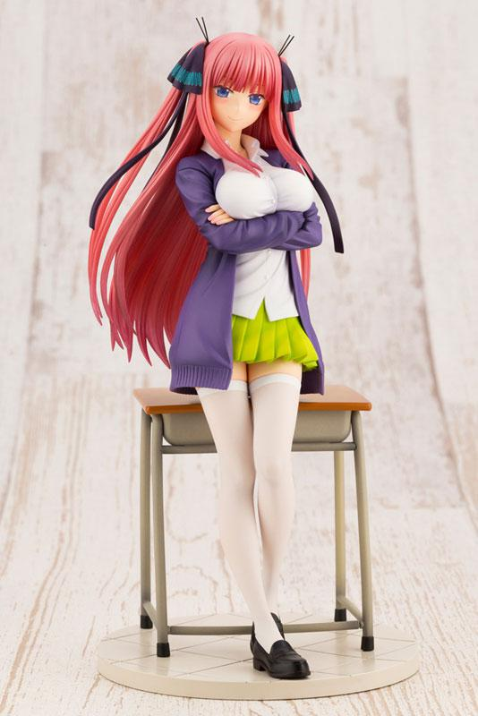 The Quintessential Quintuplets Nino Nakano 1/8 Complete Figure