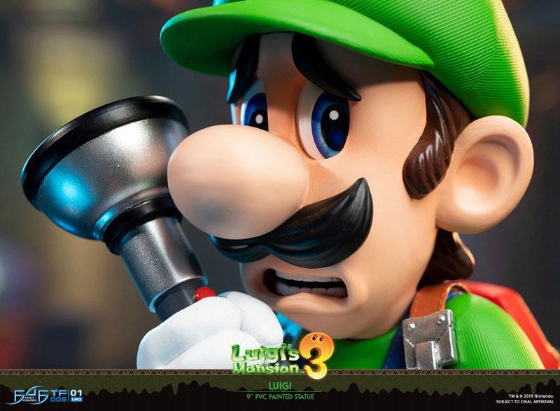 Luigi's Mansion 3/ Luigi 9 Inch PVC Statue