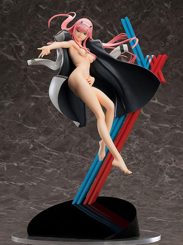 DARLING in the FRANXX Zero Two 1/7 Complete Figure 1
