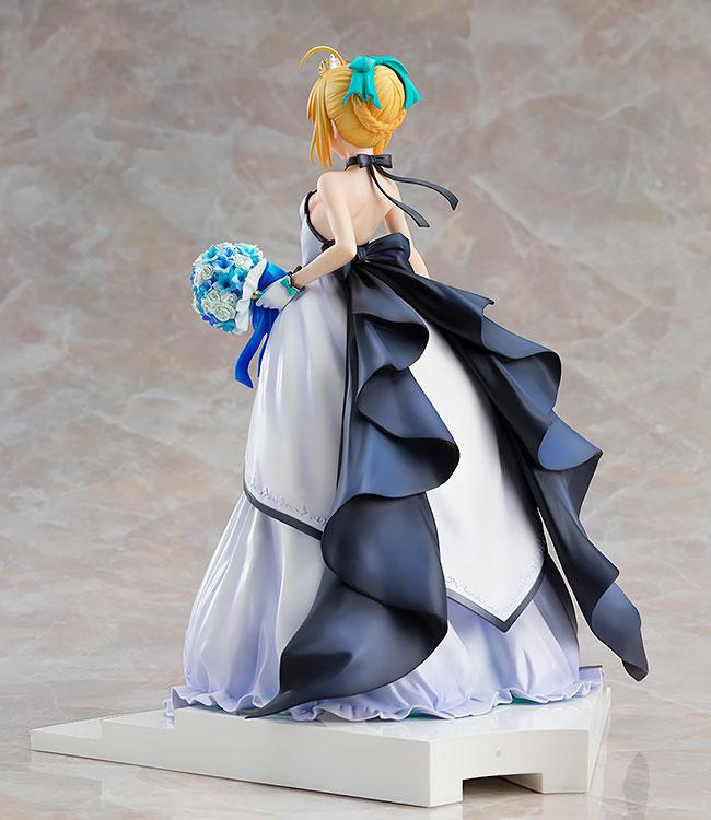 Fate/stay night -15th Celebration Project- Saber -15th Celebration Dress Ver.- 1/7 Figure 2