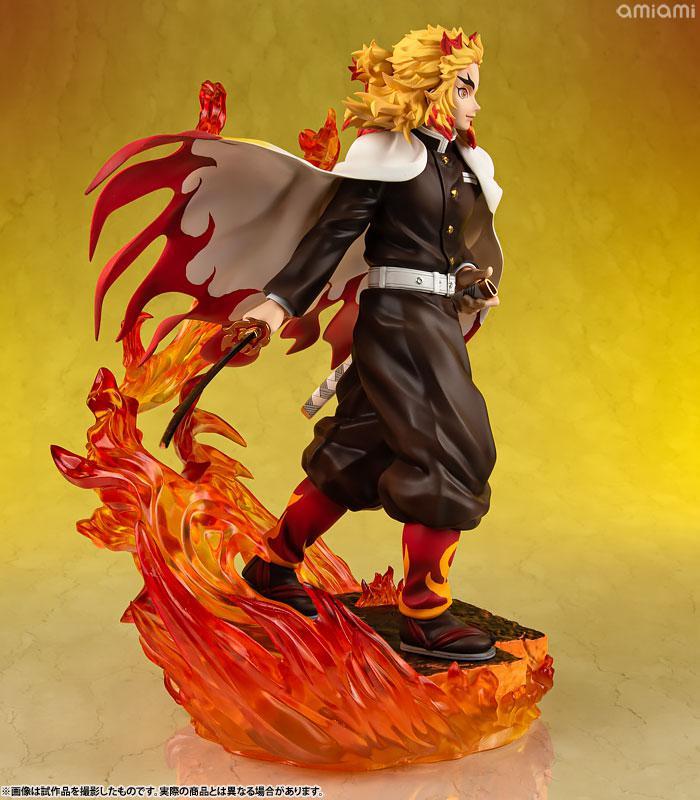 G.E.M. Series Demon Slayer: Kimetsu no Yaiba Kyojuro Rengoku Complete Figure