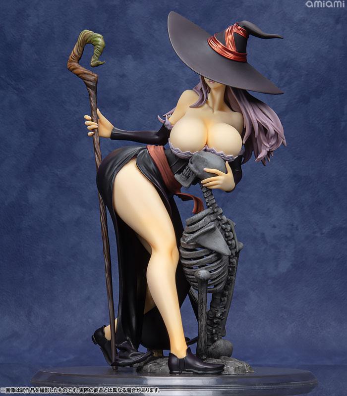 Dragon's Crown Sorceress Darkness Crow ver. 1/7 Complete Figure 1