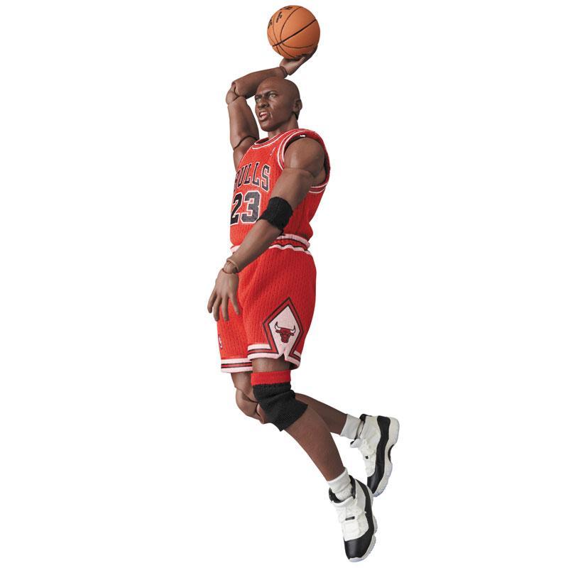 Mafex No.100 MAFEX Michael Jordan (Chicago Bulls) 5