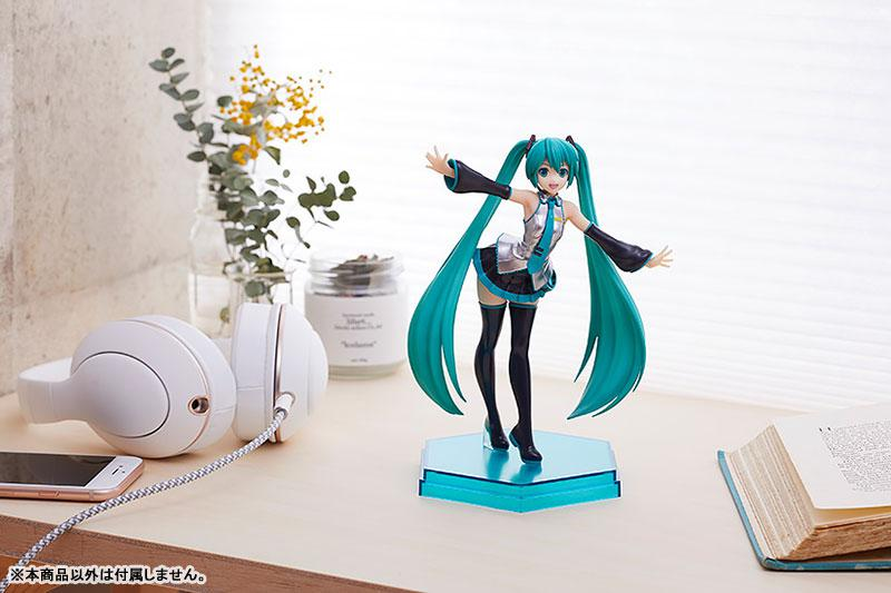 POP UP PARADE Character Vocal Series 01 Hatsune Miku Complete Figure