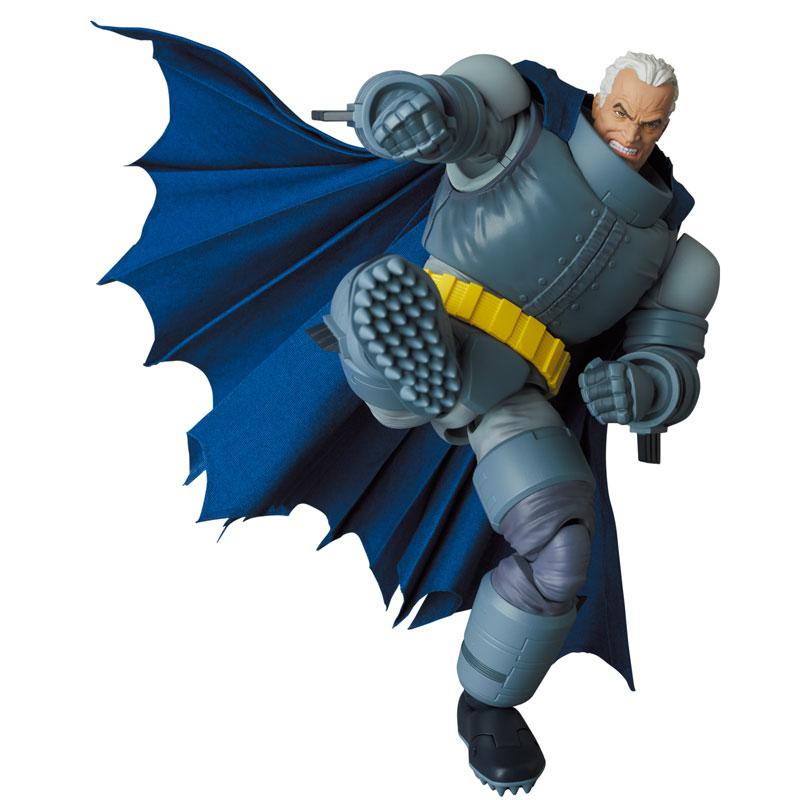 MAFEX No.146 MAFEX ARMORED BATMAN (The Dark Knight Returns)