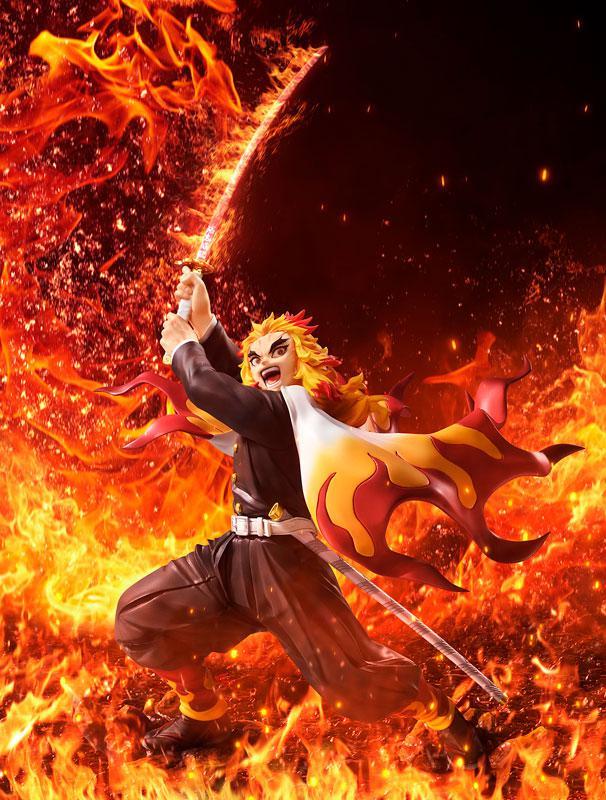 Demon Slayer: Kimetsu no Yaiba Kyojuro Rengoku DX Ver. 1/8 Complete Figure